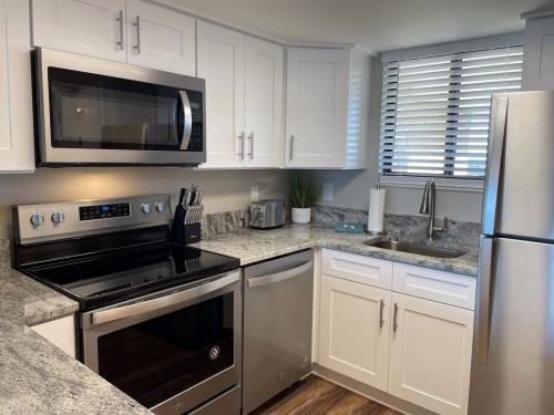 SD - 1216 Kitchen 1